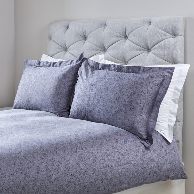 Sängkläder I Egyptisk Bomullär Detta Lakan Satinvävt I 300 Tc